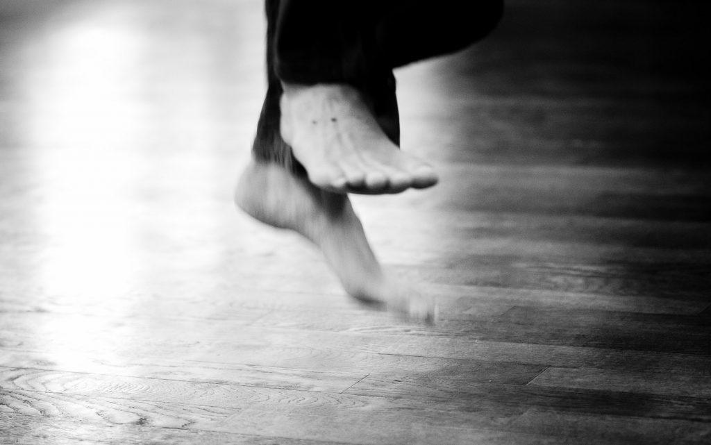 les pieds de L